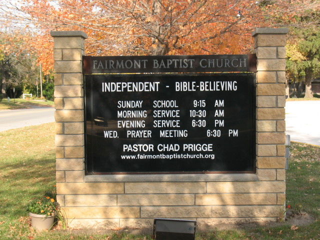 church sign along Albion Ave